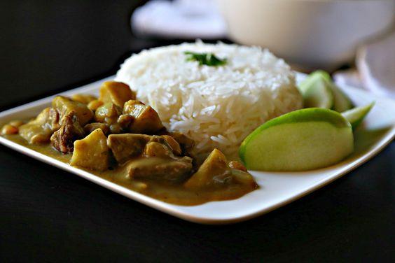Quitten passen hier auch anstelle des Apfels! Apfel-Rindfleisch-Curry-Reis mit-1-