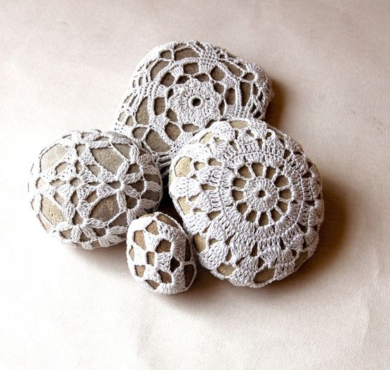 Stones: River Rocks, Crocheted Rocks, Crochet Stones, Crochet Rocks, Rocks Covered, Covered Stones, Creative Stones