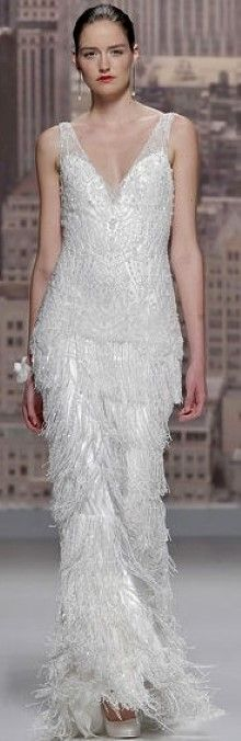 Amazing Gatsby inspired gown /Rosa Clara Bridal S/S 2015♥