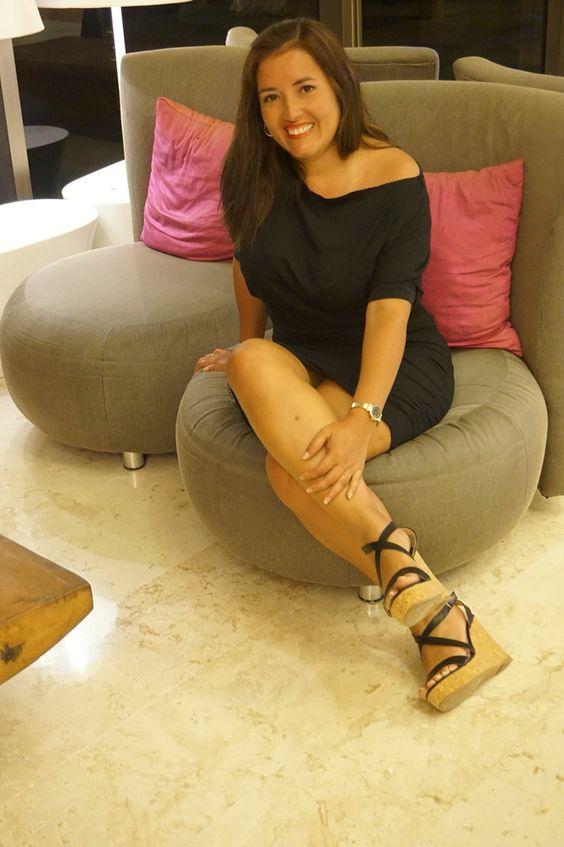 Vestido Modelo Florencia disponible en color negro y otros colores   #classyperu #classylovers #classy #showroomsanisidro