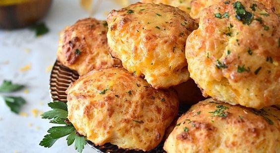 Biscuits salés au cheddar et babeurre | Le Blog cuisine de Samar