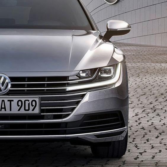 Volkswagen-Arteon-2017-phares-avant-chesnay