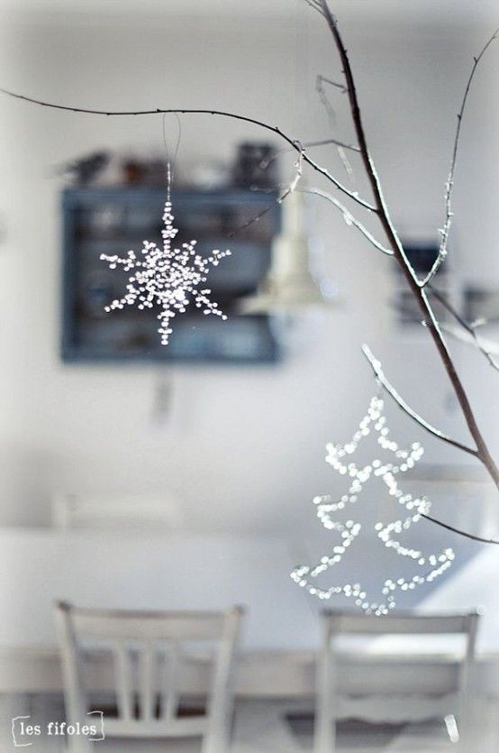31 Minimalist Christmas Décor Ideas | DigsDigs