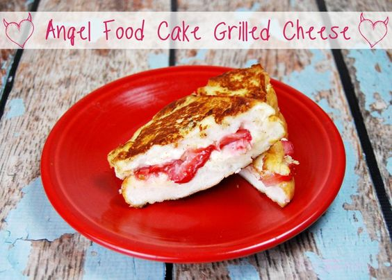 Angel Food Cake Grilled Cheese | The TipToe Fairy