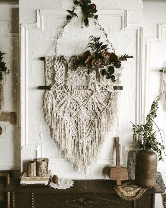 macrame wall hanging: