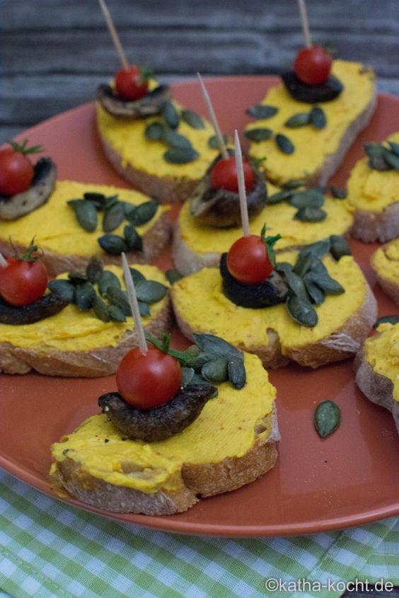 Tapas – Schnittchen mit Kürbiscreme und Pilzen - Katha-kocht!