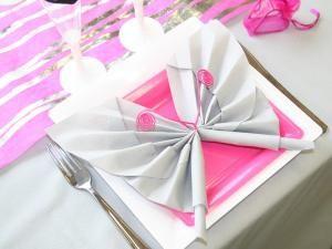 Astuce pliage de serviette en forme de papillon *DIY déco* • Hellocoton.fr