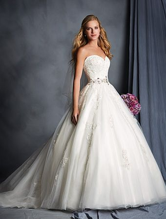 Alfred Angelo Style 2492: Lace and tull ball gown wedding dress ...