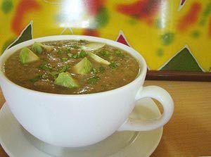 Vegan Avocado Gazpacho Soup - A raw food recipe: Raw food avocado soup recipe - gazpacho