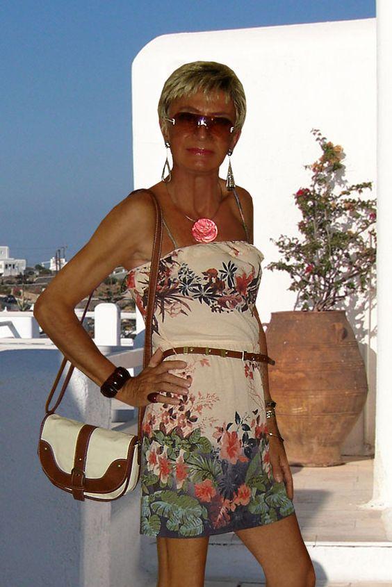 short flowered bust dress