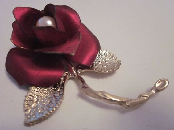 In The Red Vintage Rose Brooch GIOVANNI by ALaProchaine on Etsy, $12.00