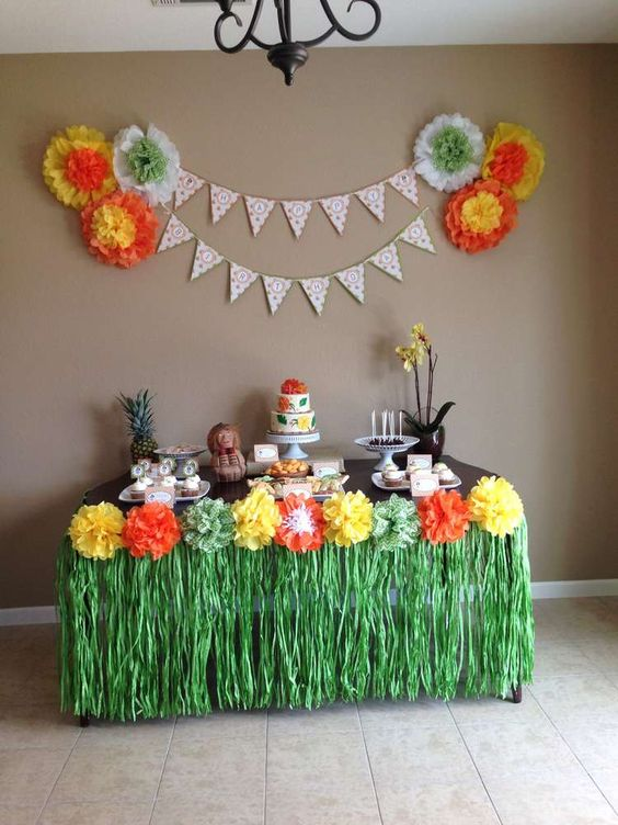 Hawaiian luau birthday party ideas luau birthday for Hawaiian home decorations