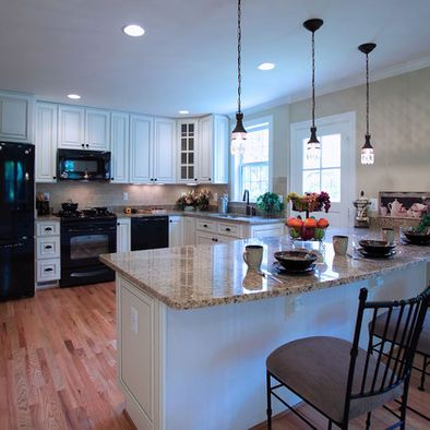 Kitchen black appliances design pictures remodel decor for Black appliances kitchen ideas