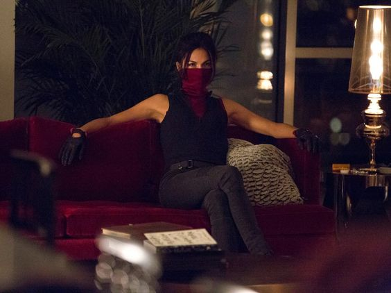 netflix elektra | Daredevil' star Charlie Cox explains the deadly power of the show's ...