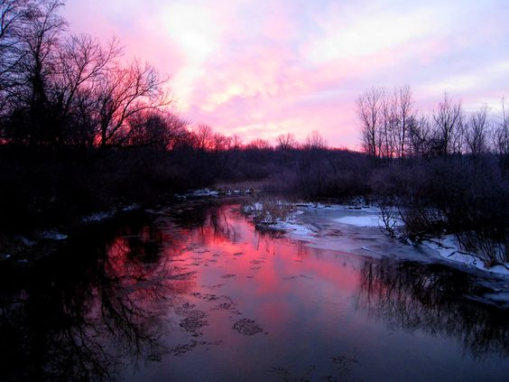 sunrise on the Muskegon River in early February 2010: