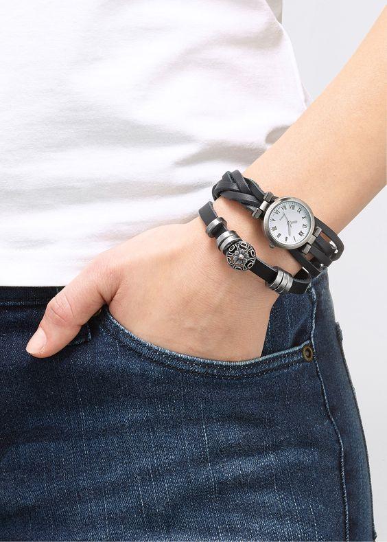 Orologio con cinturino in pelle Marrone - bpc bonprix collection è ordinabile…