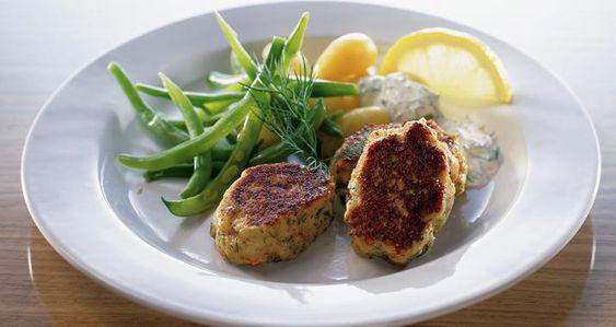 hjemmelavet fiskefrikadeller af torsk
