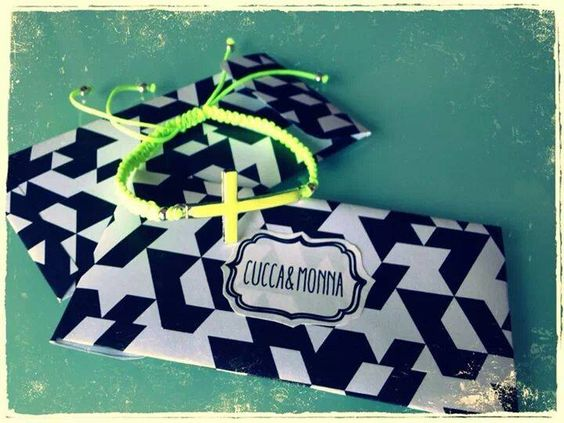 pulseras personalizadas para la despedida de soltera. hecho a mano