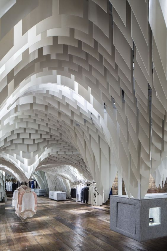 Amazing use of texture and light! SND Fashion Store / 3GATTI #architecture #interiors #design: