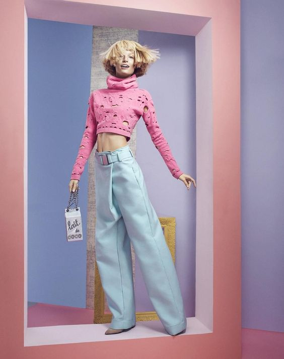 Pastels: Melissa Tammerijn for Vogue Mexico January 2015 - CHANEL top and handbag