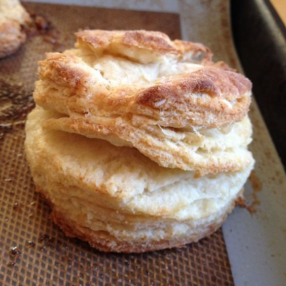 Biscuits a la heavy tablers