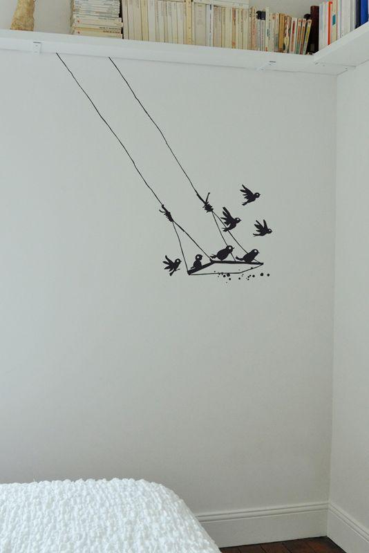 © Sticker mural oiseau Le Pré d'Eau- Balançoire 97x91 cm: