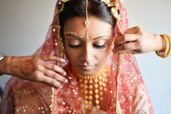 indian bride, beautiful jewelry: