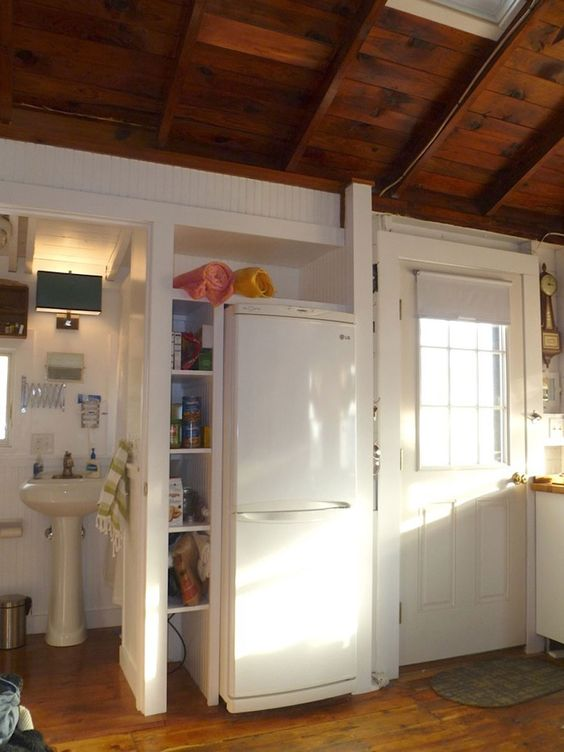 Historic cottage colony beach shack Outer Cape Cod Tiny House