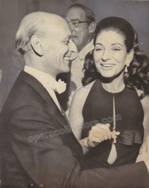 Rare photo showing the legendary diva with his arch enemy Rudolf Bing at the Met in Sep 1971,