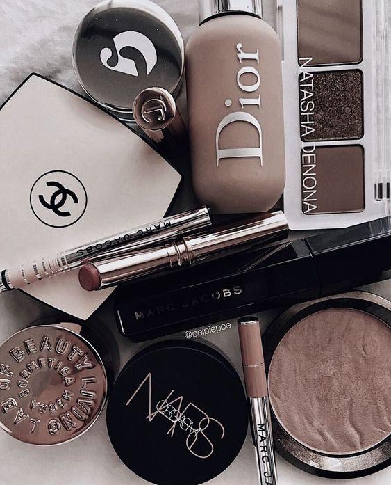 Everyday Makeup Looks Natural Makeup Looks No Makeup Makeup Affordable Makeup Products Holygrail Makeup Pro Makeup Cosmetics Luxury Makeup Aesthetic Makeup