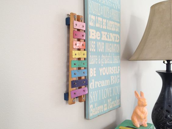 vintage xylophone–turned wall art. so fun.