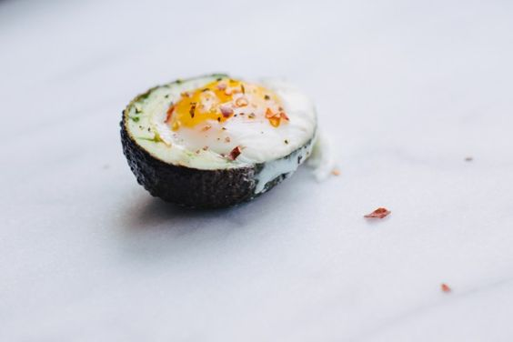 Easy, scrumptious, and healthy. I saw it all over Pinterest for ages, and was finally able to give it a go. On Sunday, a few of my dearest friends came over for brunch and K suggested that we make these healthier baked avocado egg recipeto balance the donuts that we were going to make as […]