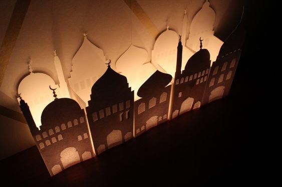 DIY Paper mosque lantern – Free printable! Ramadan crafts