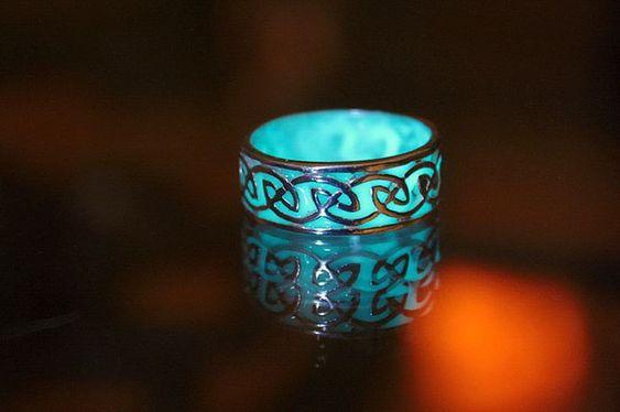 Les bijoux turquoises phosphorescents de Manon Richard  2Tout2Rien