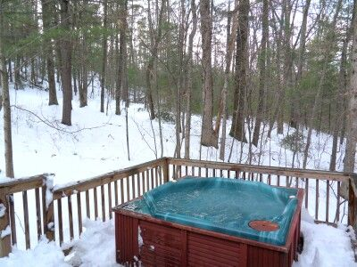 hottub in the snow amazing hot tubs pools pinterest the o 39 jays snow and love. Black Bedroom Furniture Sets. Home Design Ideas