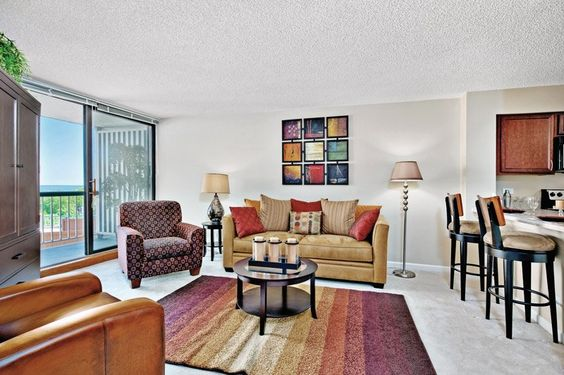 Evanston Place Apartments in Evanston, IL | Evanston Place Living ...