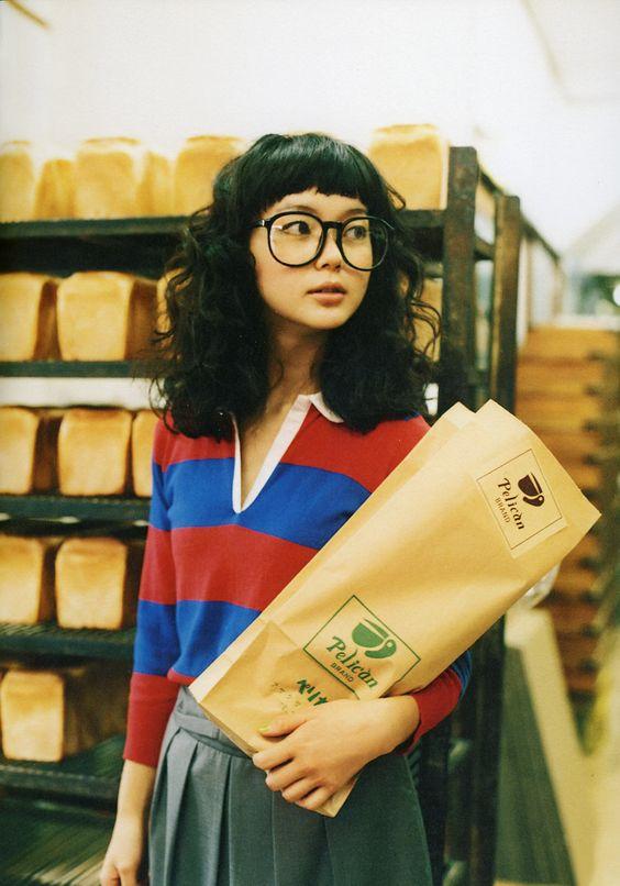 大きめのメガネが珍しい多部未華子さん
