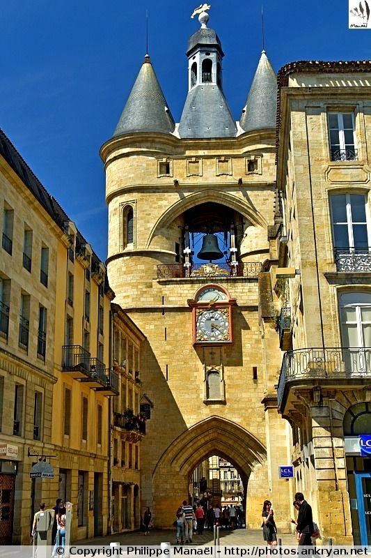 Grosse Cloche, ancienne Porte Saint-Éloy à Bordeaux (Aquitaine, Gironde)