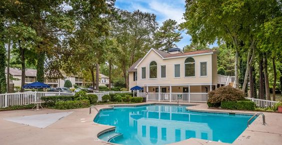 Clarion Crossing Apartments | Apartments in Raleigh, NC