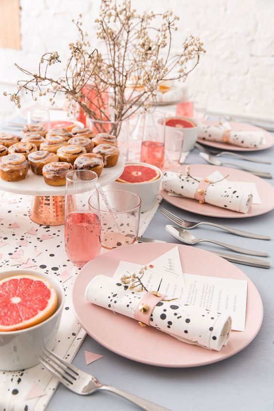 How to Throw the Most Glam New Years Brunch Ever | Brit + Co