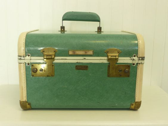 Vintage Green Marbled Train Case Towncraft by NewLifeVintageRVs