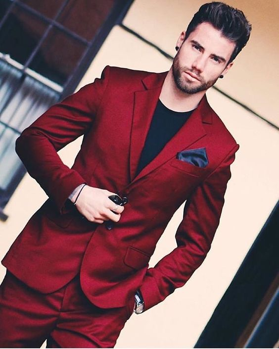 If you can pull off this red suit, by all means buy one! #redsuit #danielcovington #mensfashion: