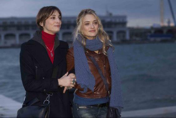"""Carolina Crescentini ha raccontato a GQ Italia il suo ruolo nel film per la TV """"Ragazze in Web"""", che fa parte della collana in quattro episodi a sé stanti intitolata """"Mai per Amore"""" e che andrà in onda il 3 aprile su RAIUno."""