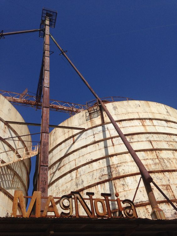 Magnolia silos and market waco texas magnolia market at for Magnolia farms waco tx