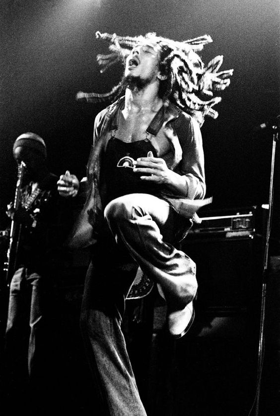 Bob Marley, pulling off the overalls!