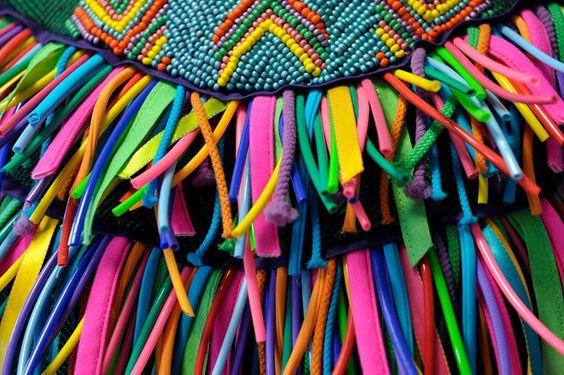 Il s'agit effectivement du détail d'une robe issue de la collection BY (Burning Youth) de Marion Petitprez (styliste-modeliste) qui a défilé les 15 et 16 juin ! | © A loubry - Ville de Roubaix