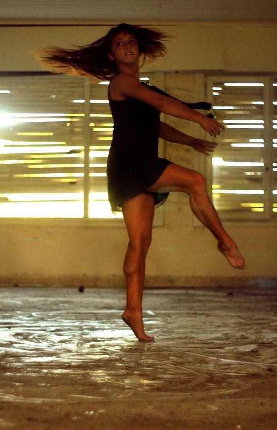 AILIN VIDELA - Danza contemporánea