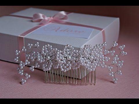 Arranjo de cabelo para noiva com flores em pérolas brancas (modelo 305) | Adore Noivas - Loja virtual: www.elo7.com.br/adorenoivas