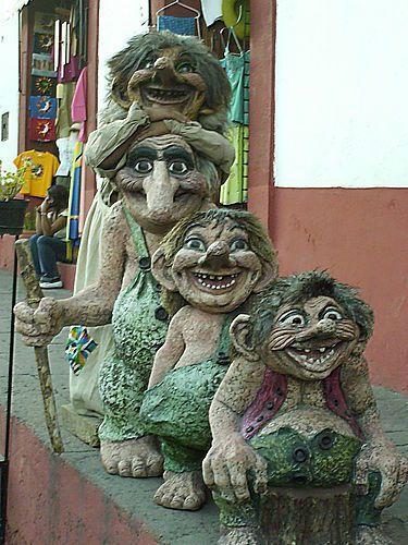 Love this troll statue i want this in my garden garden for Garden trolls