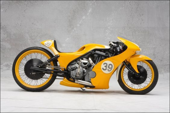 GoldmemberCustom - Pipeburn - Purveyors of Classic Motorcycles, Cafe Racers  Custom motorbikes
